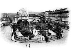 Efeméride do dia: O Toural em mudança Imagem extraída de araduca.blogspot.pt O Largo do Toural - Guimarães - Portugal