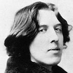 Oscar Wilde in New York city in 1882, photo by Napoleon Sarony.