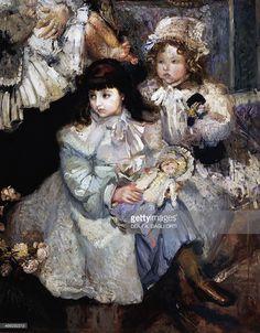 De Carolis' wife and children, 1908, painting by Armando Spadini (1883-1925), oil on canvas, 201x141 cm. Detail.