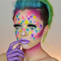 We love creative use of color! She used eyeshadows to help complete this incredible look. We love creative use of color! She used eyeshadows to help complete this incredible look. Unique Makeup, Creative Makeup, Fun Makeup, Amazing Makeup, Makeup Ideas, Adult Face Painting, Body Painting, Eyeliner, Eyeshadow