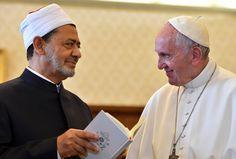 En Egypte, « le pape veut montrer qu'il n'y a pas de guerre de religion en cours »