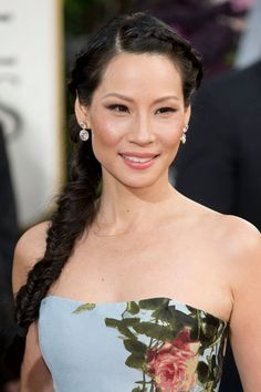 Show off some shoulder like Lucy Liu. Braid the top too. #beauty #hair #makeup +++For tips and how to's on hair and makeup, Visit http://www.makeupbymisscee.com/
