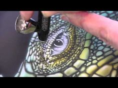 Airbrush Tutorial: Iguana Stencil Harder & Steenbeck Airbrush Anleitung - YouTube