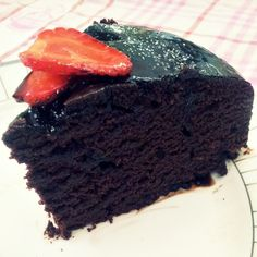 Delicious-Vegan-Chocolate-Cake