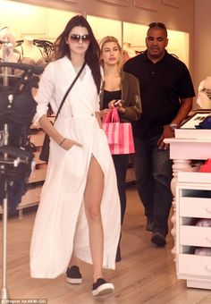 Kendall Jenner shows her stylish edge in billowy white dress #dailymail