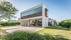 Esta residência faz uso dos cinco princípios da arquitetura…