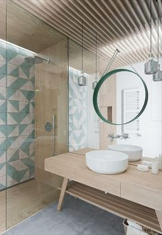 Salle de bain nature/turquoise. What an interesting design with pale wood, tiled accent wall, and mirror mirror. #homedecor #decoration #decoración #interiores