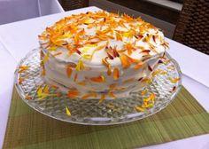 Carrot and Marigold Cake Book Club Food, Golden Cake, Individual Cakes, Marigold, Carrot Cake, Let Them Eat Cake, Cupcakes, Chocolate Cake, Cake Recipes
