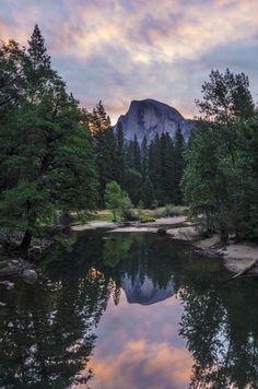 Half Dome Sunrise - Yosemite National Park, California Edd Hollowell Travel Gurus - Follow for more Nature Photographies!