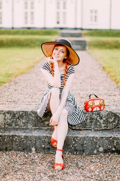 The Clothes Horse: Outfit: Swing of Things Summer Outfits, Cute Outfits, Winter Mode, Clothes Horse, Body, Fashion Photography, Vintage Fashion, Style Inspiration, Fashion Outfits