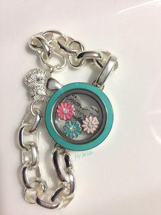 #spring #flowers #origamiowl #linklocketbracelet in #aqua was the #host exclusive back in March.  http://dreambig.origamiowl.com/en/default.aspx Origami Owl Bracelet, Origami Owl Charms, Origami Owl Lockets, Origami Owl Jewelry, Origami Owl 2014, Locket Charms, Locket Bracelet, Mothers Bracelet, Custom Jewelry