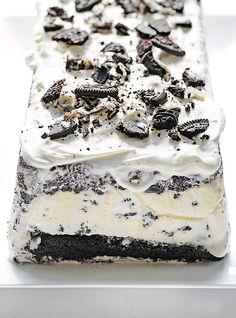 Easy Ice Cream Cake..