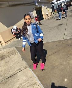 44 Flawless Look Back to School Outfit Ideas to Get The Cool Look Fall Swag Outfits, Fall College Outfits, Everyday Outfits, Outfits For Teens, Pretty Outfits, Winter Outfits, Casual Outfits, Fashion Outfits, Holiday Outfits