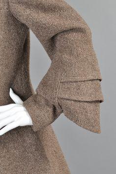 Art Deco Fin Sleeve Fox Collar Coat image 7