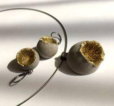 Concrete  jewelry set  Golden poppyhead  pendant