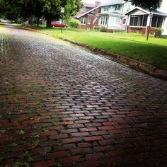 Streets of Churchill's Grove via RockfordRealEstate.com