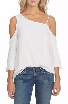 Blusas Modern Liar Women White Sense we have chosen the newest fashion clothes for you. New Fashion Clothes, Look Fashion, Trendy Fashion, Fashion Outfits, Fashion Tips, Modern Fashion, Spring Fashion Trends, Latest Fashion Trends, Spring Trends