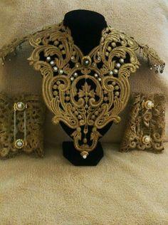 Collar y brazaletes para traje de novia #bridal #novia
