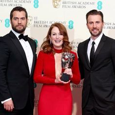 oH BOY. Are you guys even real? What a wonderful, beardy, superhero sandwich! #THG #JulianneMoore #BAFTAs #HenryCavill #ChrisEvans #Mockingjay #HungerGames