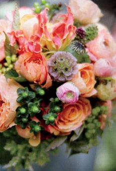 Brides Magazine: Adriane and Andy in Napa Valley, CA : Wedding Flowers Gallery