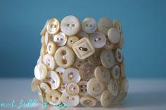 How-To: Vintage Button Cuff Bracelet #buttons #bracelet #DIY