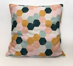 Sommerwies is a brand that produce and sell custom made cushion covers and prompt delivery cushion covers. Here you can buy handmade cushion covers online in Switzerland. Cushion Covers Online, Handmade Cushion Covers, Cushions, Rainbow, Throw Pillows, Shop, Beautiful, Rainbows, Cushion