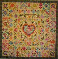 """sweetheart"" 2014 quilt by Berdien Kim Maclean pattern handquilted"