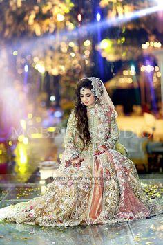 Gur ..... Asian Wedding Dress, Pakistani Wedding Outfits, Bridal Outfits, Pakistani Dresses, Indian Dresses, Walima Dress, Types Of Dresses, Bridal Lehenga, Indian Bridal