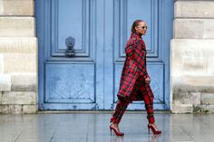 How To Dress Like A French Girl #refinery29  http://www.refinery29.com/63682#slide-9  A head-to-toe printed outfit works well if you keep the accessories sleek.