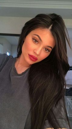 Kylie jenner makeup – Hair and beauty tips, tricks and tutorials Estilo Kylie Jenner, Kylie Jenner Outfits, Kylie Jenner Mode, Looks Kylie Jenner, Kylie Jenner Instagram, Kylie Jenner Hair Part, Kylie Jenner Haircut, Kylie Jenner Snapchat, Kylie Jenner Lips