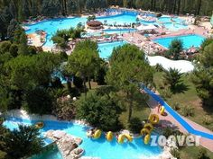 Vakantiepark Centro Vacanze Verde Azzurro*** foto's. Bekijk Vakantie foto's van Vakantiepark Centro Vacanze Verde Azzurro*** in Cingoli | Zoover