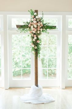 Summery Mint and Peach Portsmouth Wedding Beautiful rustic wedding ceremony cross decorated in roses and Italian ruscus. Mint Rustic Wedding, Wedding Mint Green, Summer Wedding, Wedding Peach, August Wedding, Wedding Cross, Chapel Wedding, Wedding Ceremony Decorations, Decor Wedding