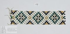Beadwork, Friendship Bracelets, Diva, Jewelry, Hardanger, Jewlery, Jewerly, Pearl Embroidery, Schmuck