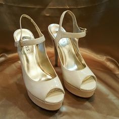 GUESS Heels - Cream and White Selling these as a re-posh they were not my size when they arrived. They have some slight markings throughout but is reflected in price. They Are Really Cute!! Guess Shoes Heels