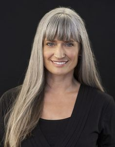long grey hair with bangs. Beauty is at every age, and we can embrace God's gifts. A wife's hair is just naturally beautiful, a glory to her and a joy to her husband. Quit trying the artificial route and trust in how you were made. Grey Hair With Bangs, Long Gray Hair, Hair Bangs, Medium Hair Styles For Women, Long Hair Styles, Pelo Color Plata, Silver Haired Beauties, Silver White Hair, Grey Hair Inspiration