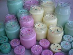 "Latest Snap Shots Soy Candles for sale Tips Which i sound to have the dilemma ""Exactly how do you get rolling to produce soy candles ? Paraffin Candles, Soy Wax Candles, Diy Candles, Pillar Candles, Candle Jars, Candleholders, Candles For Sale, Best Candles, Bougie Cupcake"