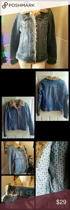 "🎊Sunday Funday Hot Pick 🎉 Lined Jean Jacket with fur around neck, on sleeves, and around buttons and bottom. Gently worn. Functional pockets & buttons. Size chart in last photo. Inseam length 14"" Shoulder to bottom length 22"" Sleeve length 25"" Vanity Jackets & Coats"