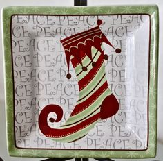 222 FIFTH CHRISTMAS STOCKINGS DESSERT APPETIZER PLATE SQUARE GREEN RED   #222FIFTH