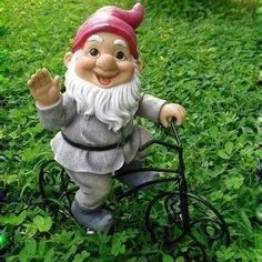 Polyresin Garden Ornament for Gnome Bicycle Decorations, Customized Designs/OEM Orders Welcomed