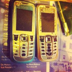 @PisaConnection #vintage #twin #nokia #technology Photo by @_robertina__ LOL