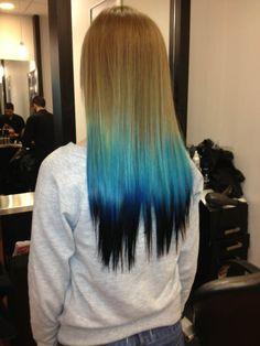 Blue dip dyed hair idea