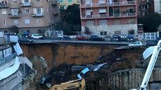 Ultim'ora: crolla strada a Roma, grossa voragine inghiotte automobili