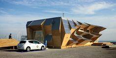 Hanya Dua Minggu, Bangun Rumah Bertenaga Surya | 02/12/2015 | KOMPAS.com - Teknik pasif tenaga surya yang digunakan untuk membangun rumah memang konsep yang menarik.Namun, merancang rumah dengan menyambung hasil cetak prefabrikasi tiga dimensi merupakan ide menakjubkan ... http://propertidata.com/berita/hanya-dua-minggu-bangun-rumah-bertenaga-surya/ #properti #rumah #desain