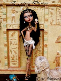Egyptian Dancer by OskArt Dolls Custom Monster High Dolls, Monster Dolls, Monster High Repaint, Custom Dolls, Ooak Dolls, Barbie Dolls, Art Dolls, Ever After Dolls, Love Monster