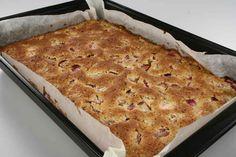 Alletiders Bagte Rabarberkage en opskrift fra Alletider kogebog