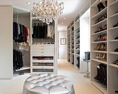 The best of luxury closet design in a selection curated by Boca do Lobo to inspire interior designers looking to finish their projects. Discover unique walk-in closet setups by the best furniture makers out there. Closet Walk-in, White Closet, Closet Bedroom, Closet Space, Closet Ideas, Closet Storage, Wardrobe Ideas, Closet Organization, Wardrobe Room