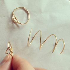 wire rings diy Thank you Ollie G. for this pin:-) I love making rings too