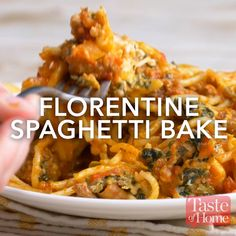 Florentine Spaghetti Bake Recipe The post Florentine Spaghetti Bake appeared first on Woman Casual - Food and drink Baked Spaghetti, Spaghetti Recipes, Pasta Recipes, Dinner Recipes, Cooking Recipes, Healthy Recipes, Spaghetti Squash, Squash Pasta, Chili Recipes