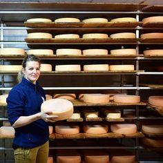 Mirjam knows how to make the best cheese! #horu-chäserei #zermatt24h #matterhorn
