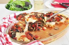 One Pan baked chicken with spinach and mushrooms